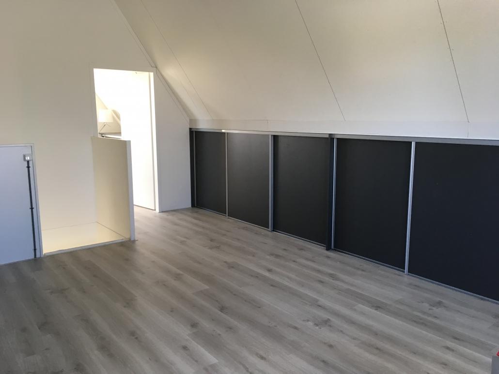 Schuifdeuren Voor Knieschotten.16 Deuren Voor De Schuine Kap In Pijnacker Open Maatwerk