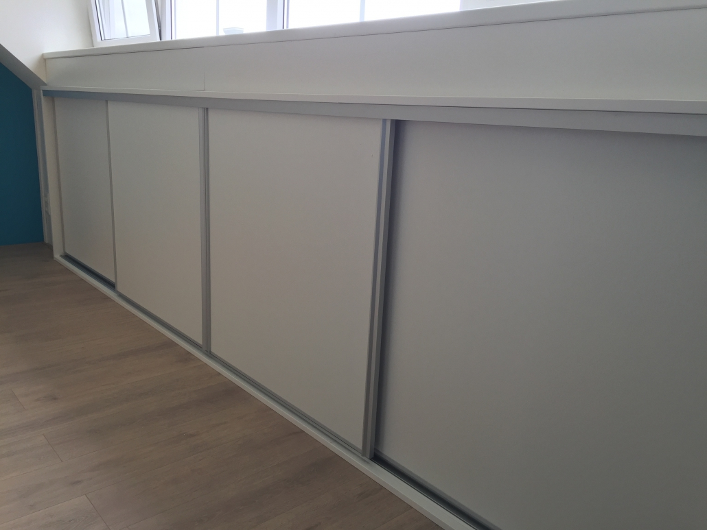 Schuifdeuren Voor Knieschotten.Open Maatwerk Knieschot Schuifdeuren In Zevenhuizen